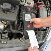 Проверка автомобильных аккумуляторных батарей