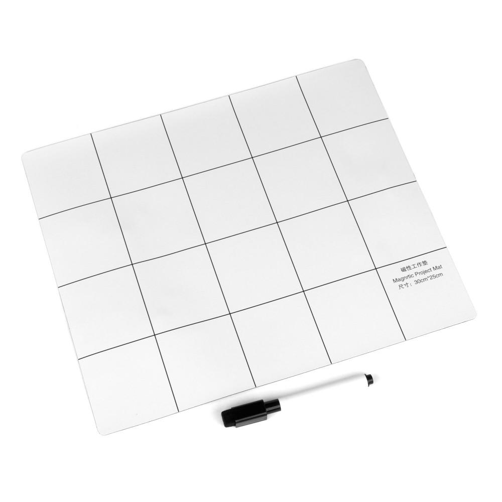 Купить оптом Коврик магнитный 250x300 мм для ремонтных работ и записей маркером с разметкой, цвет белый